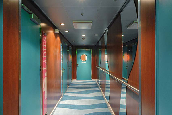 Freedom of the seas  Livingroom Corridor